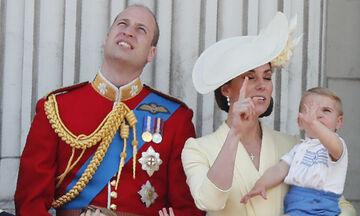 Ο μικρός γιος της Middleton και του William έχει μια κακιά συνήθεια που μας φαίνεται οικεία