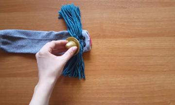 DIY - Φτιάξτε χειροποίητα Puppets από κάλτσες (vid)