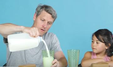 Παιδιά δοκιμάζουν το αγαπημένο φαγητό των γονιών τους - Δείτε τις αντιδράσεις τους (vid)