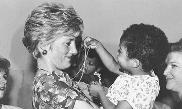 Πριγκίπισσα Diana: Όλη η ζωή της μέσα από φωτογραφίες (pics)