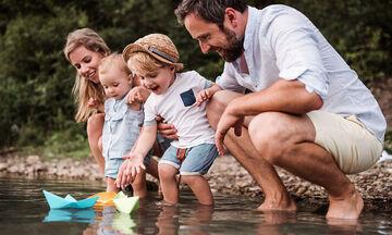 Διασκεδαστικά πράγματα που μπορείτε να κάνετε με τα παιδιά σας το καλοκαίρι (pics+vid)