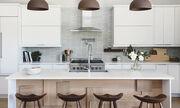 Deco tips για να κάνετε την κουζίνα σας minimal & μοντέρνα (vid)